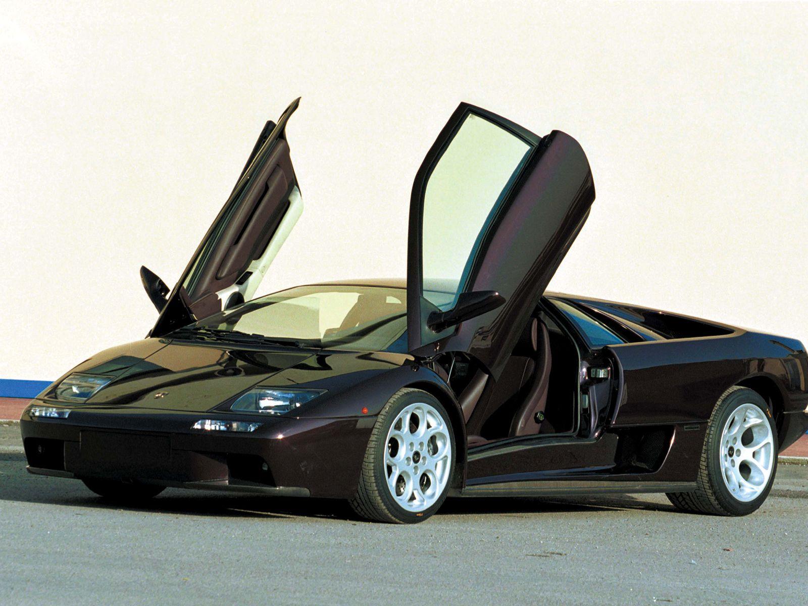 Lamborghini-Diablo-noir